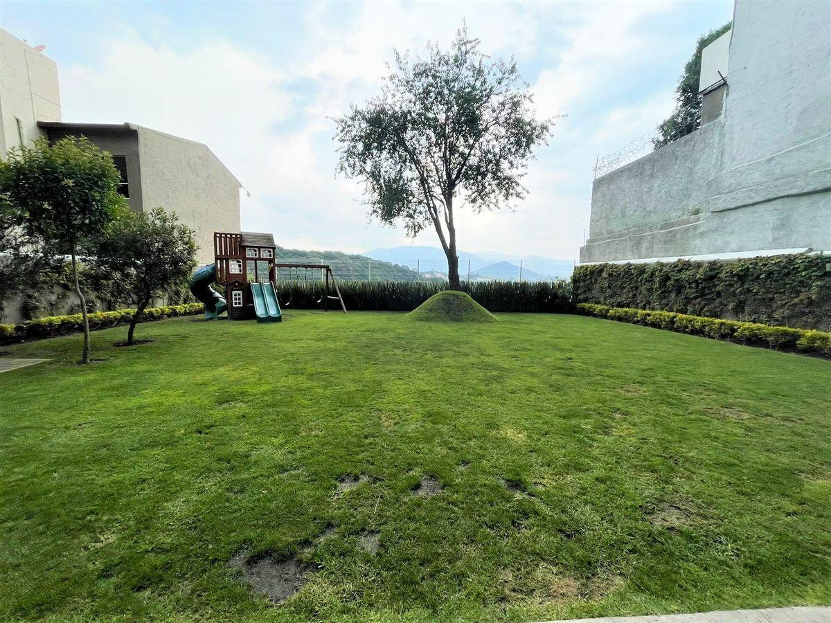 12 de 16: Jardín con excelentes espacios libres.