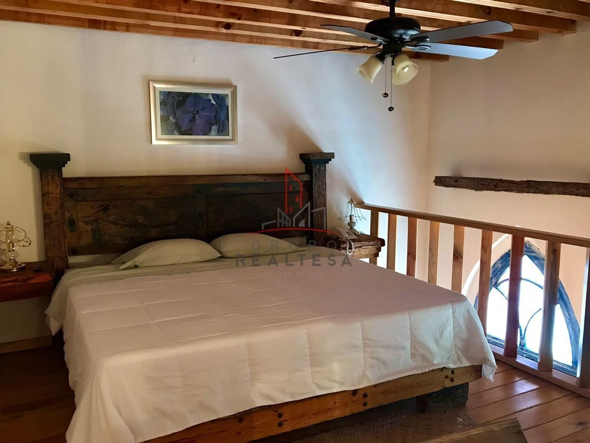 5 de 15: Habitación en Tapanco (mezzanine)