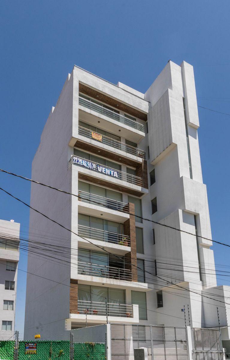 14 de 14: Edificio de sólo 7 pisos.