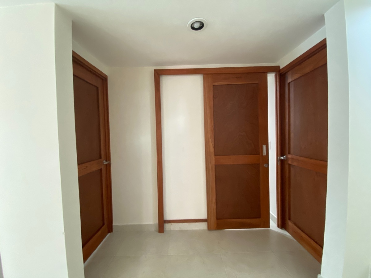 5 de 24: entre habitaciones planta baja