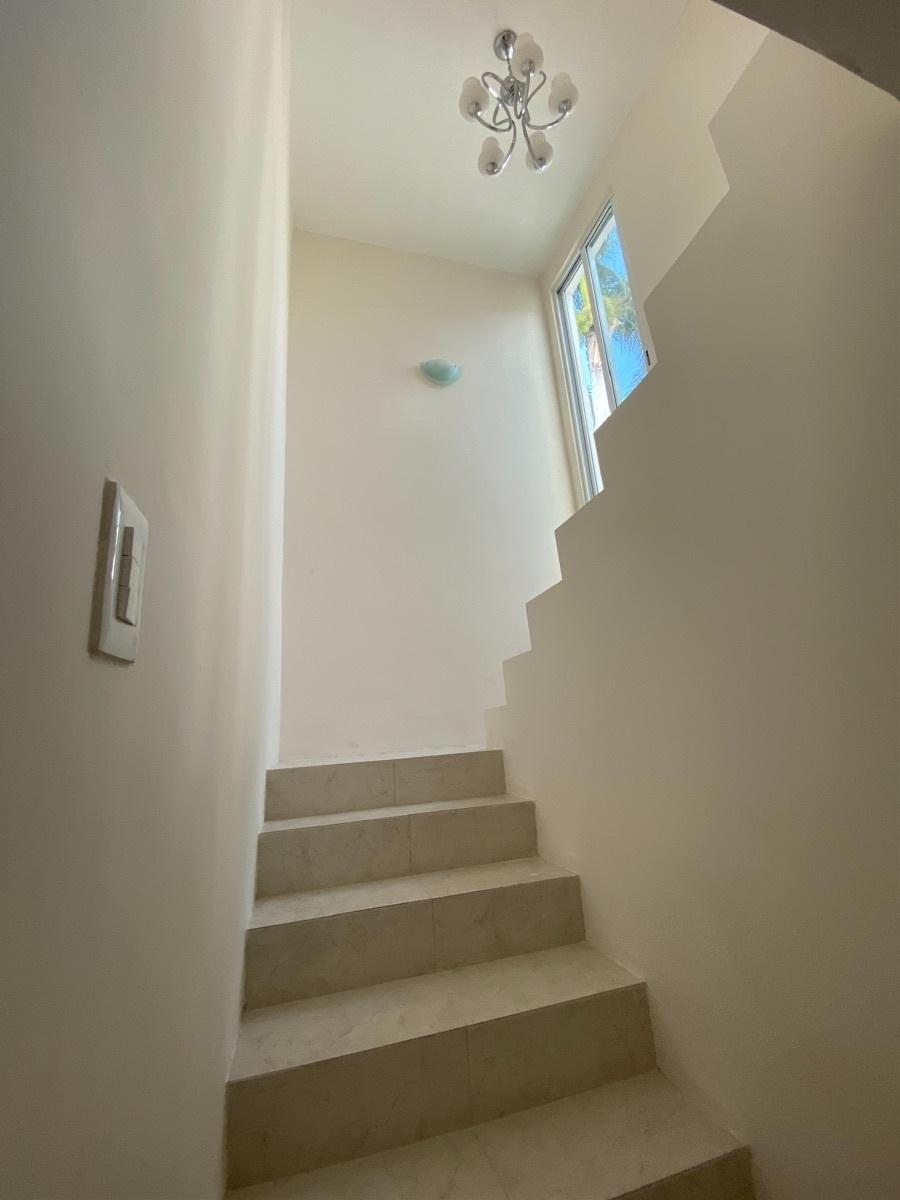10 de 24: escaleras