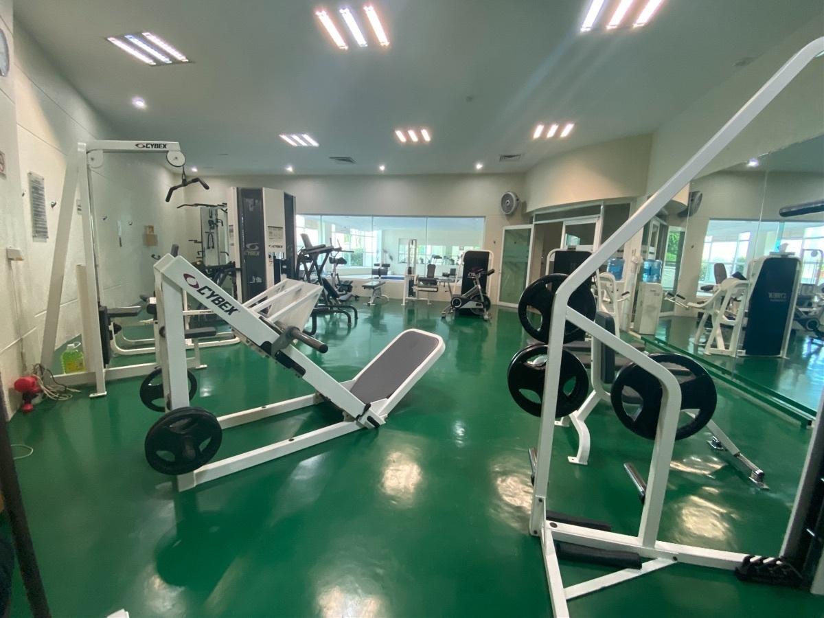 25 de 29: Gym