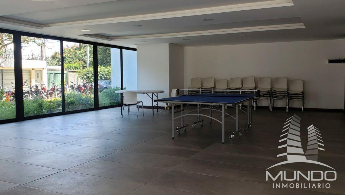 6 de 14: Juegos de mesa y salón social