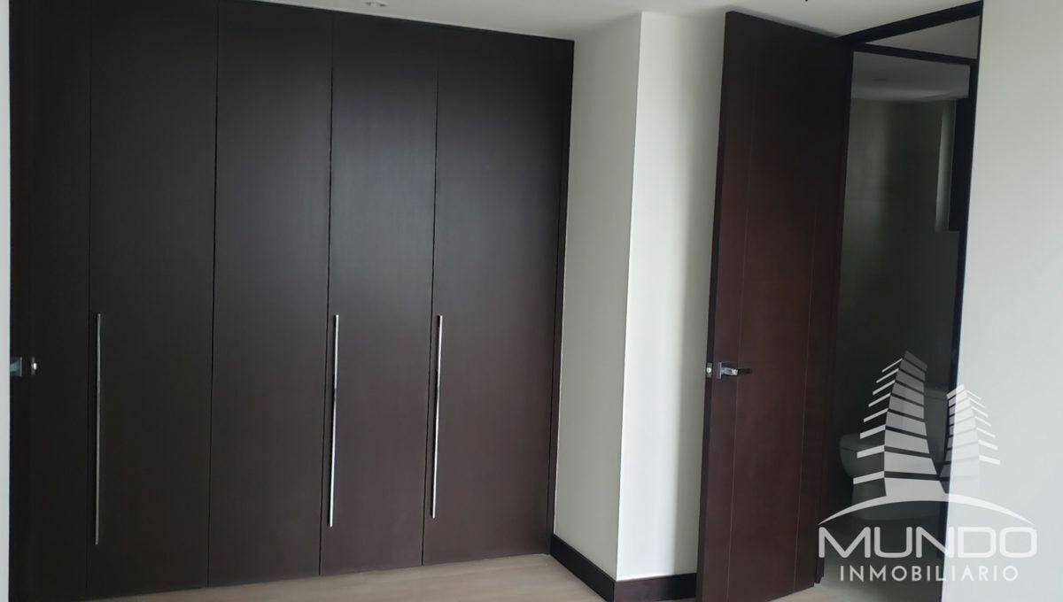 14 de 14: Closets y puertas de madera