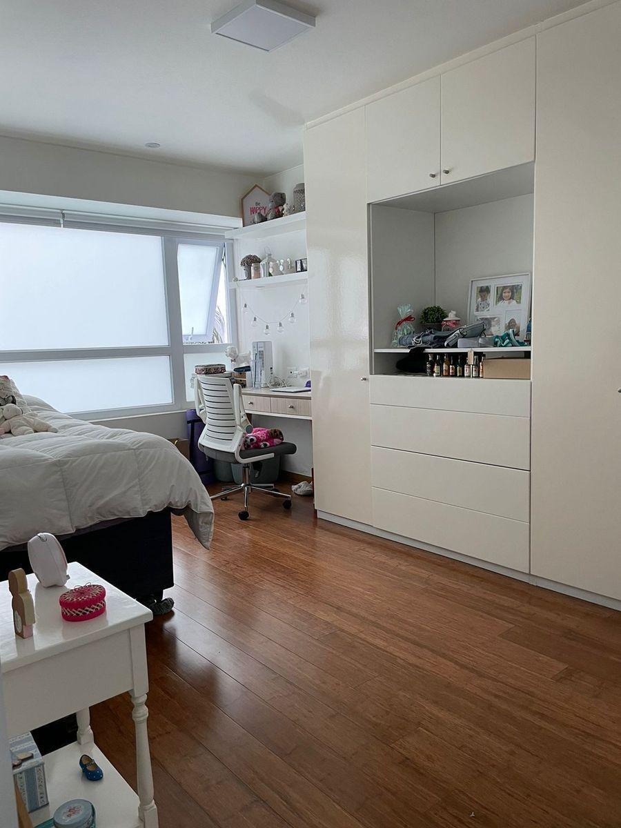 18 de 24: Dormitorio secundario 1.