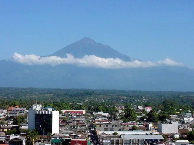 2 de 18: Vista al Volcán Tacaná