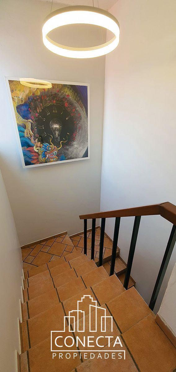 6 de 17: Escaleras