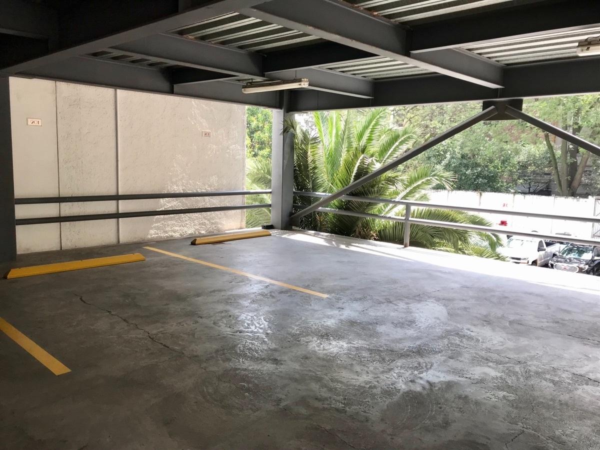 24 de 26: Estacionamiento fijo , nivel directo al departamento