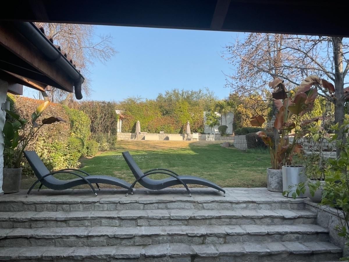 2 de 25: Vista jardín desde terraza