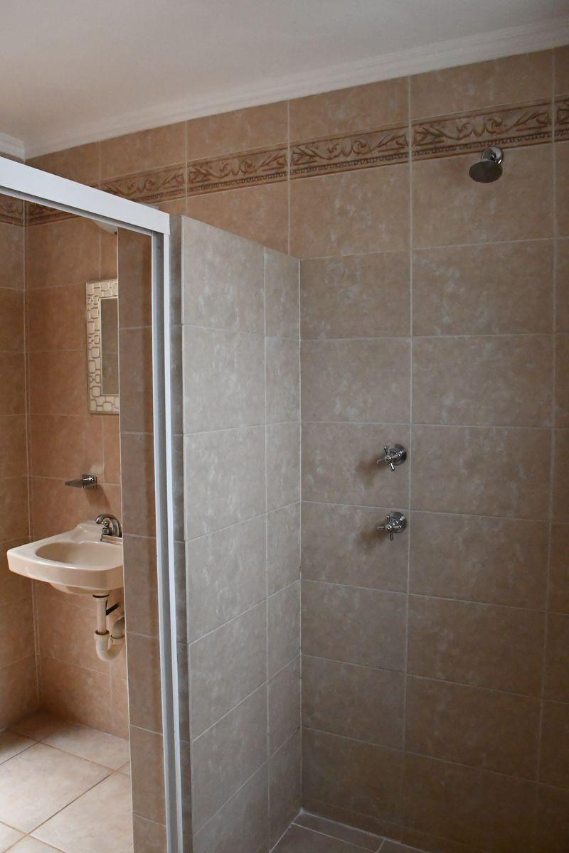 28 de 51: Baño en Recamara 1