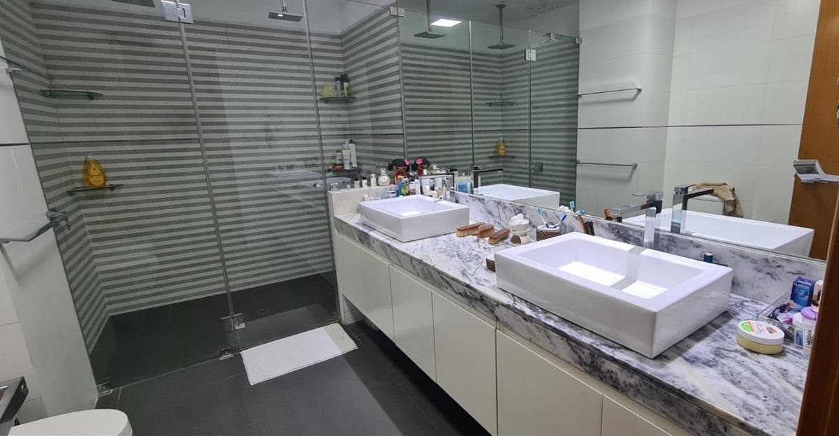 16 de 21: Baño principal