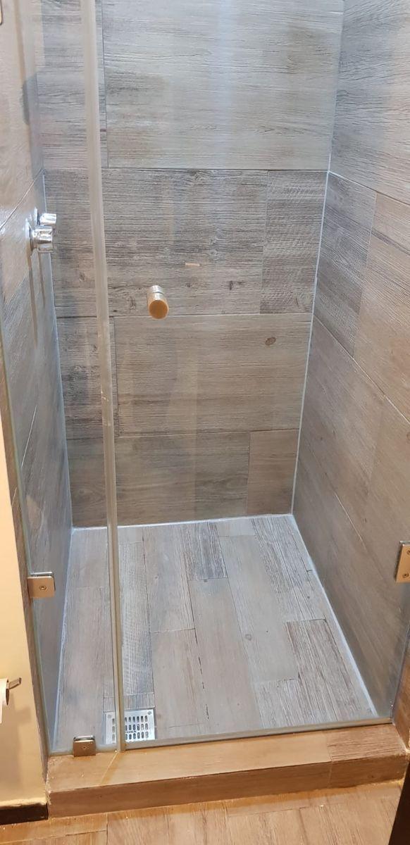 9 de 11: Baño completo de recámara principal