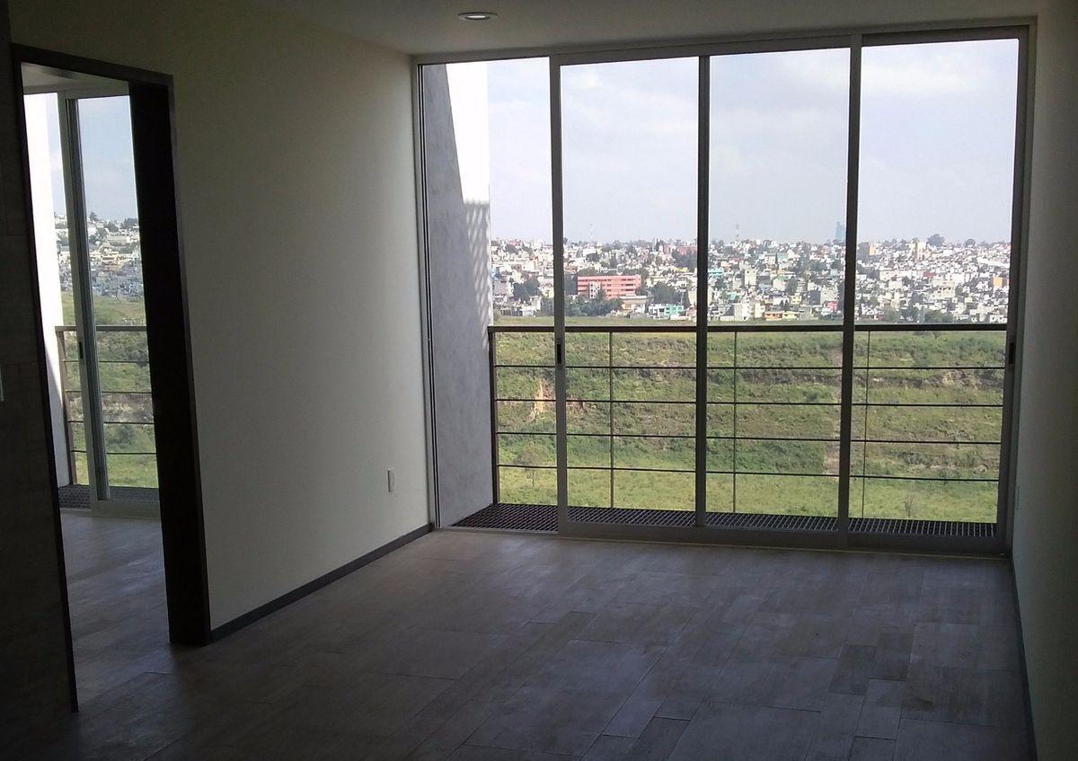 10 de 11: Balcón con vista panorámica, ventilación e iluminación