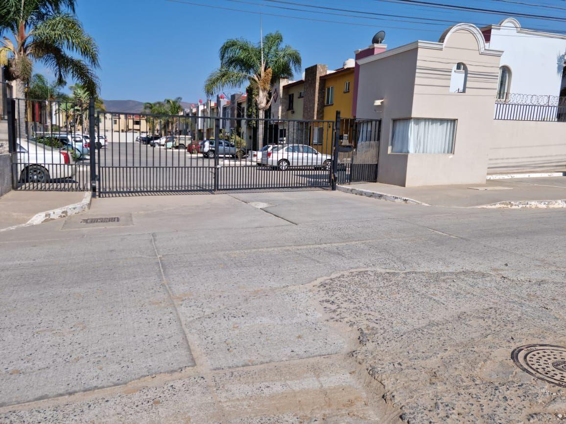 6 de 12: Frente al Fracc. San Borja