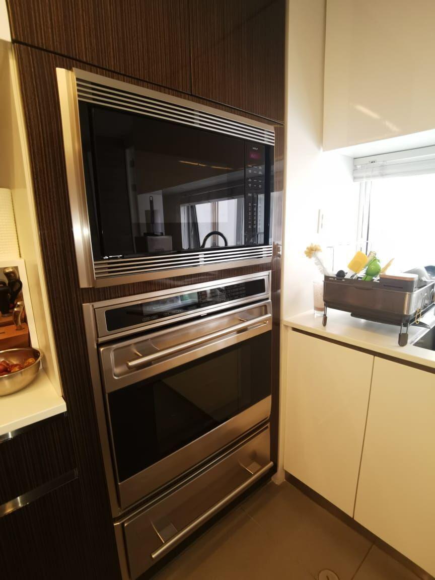 27 de 35: Finísima Cocina con Isla con los Mejores Electrodomésticos