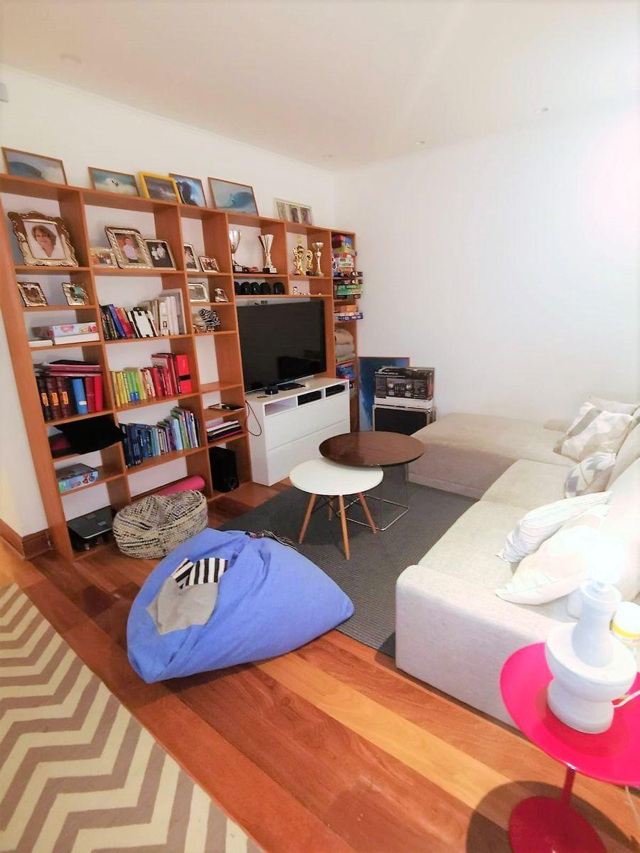 23 de 35: Family Room en área dormitorios secundarios PISO 4