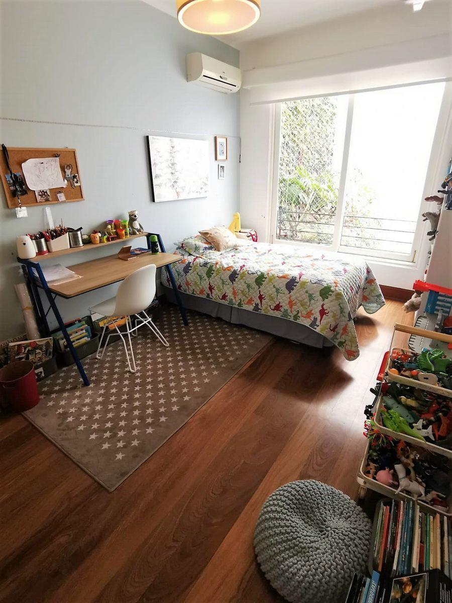 26 de 35: Dormitorio Secundario con closet y baño en el PISO 4