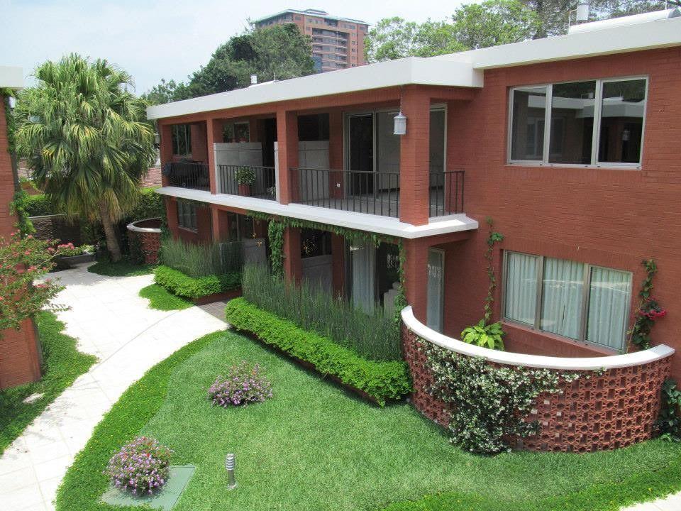 1 de 7: Apartamentos tipo Villa  con balcón amplio.