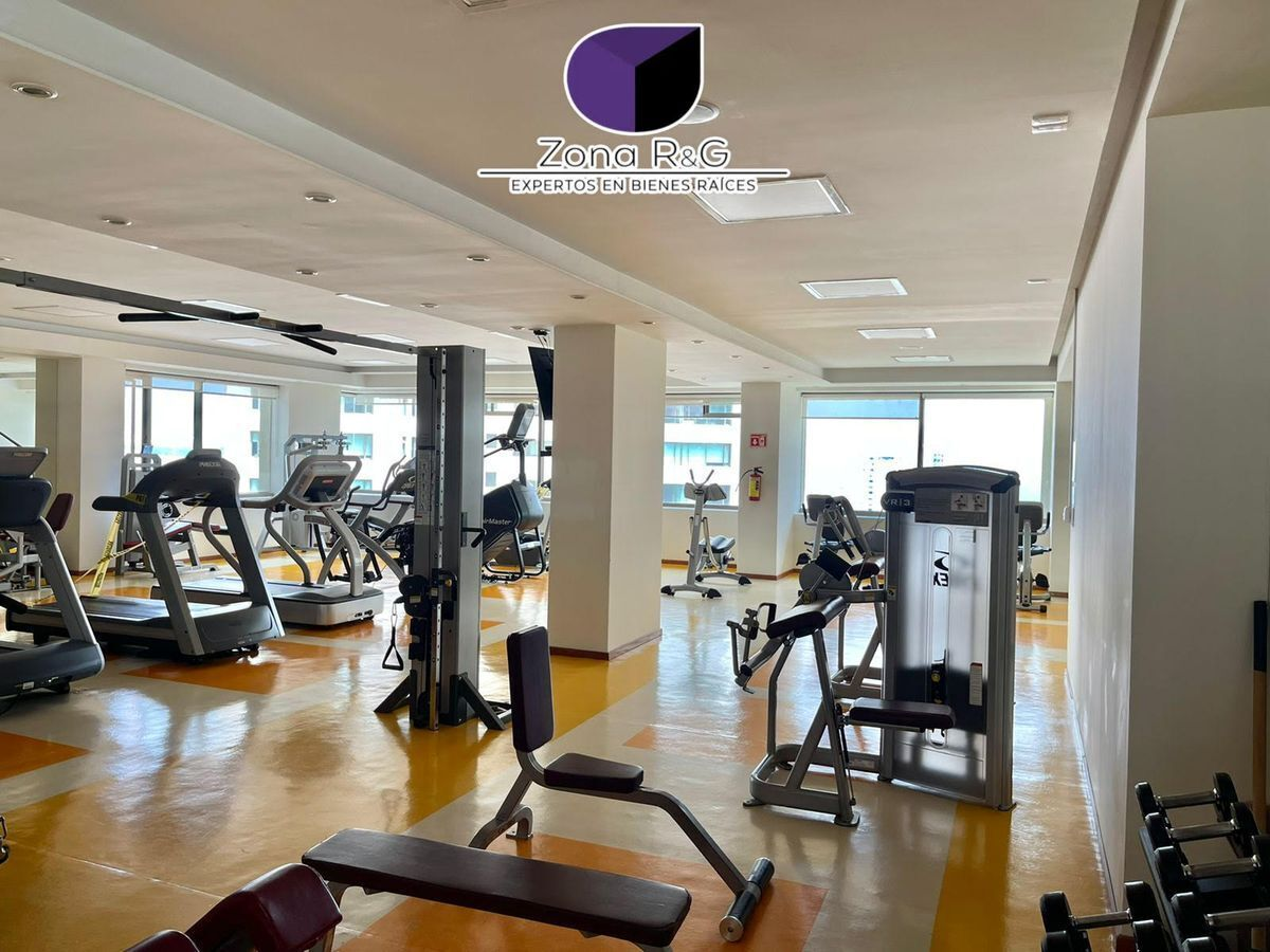 25 de 30: Gym