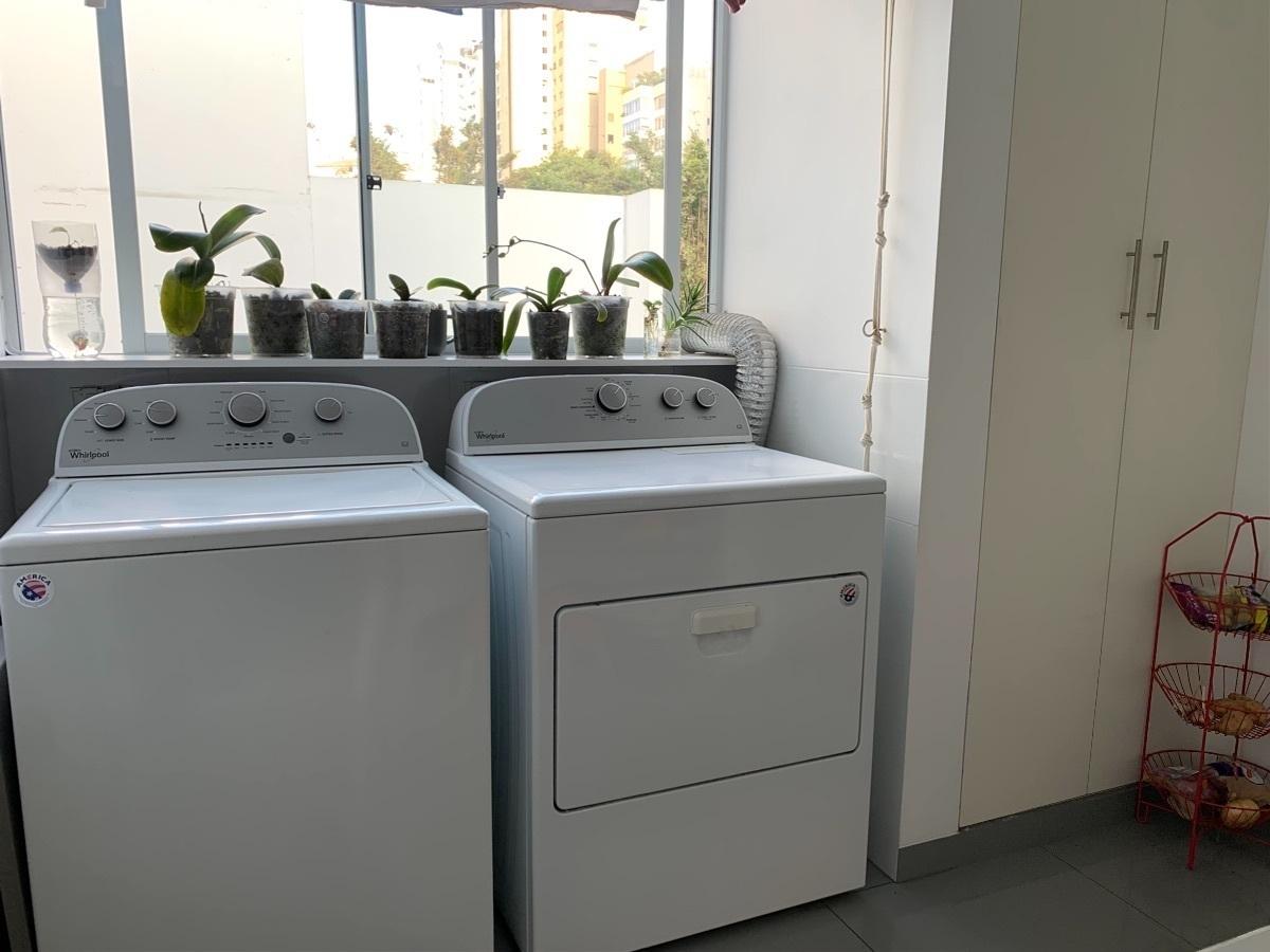 25 de 25: Lavandería con dormitorio y baño de servicio