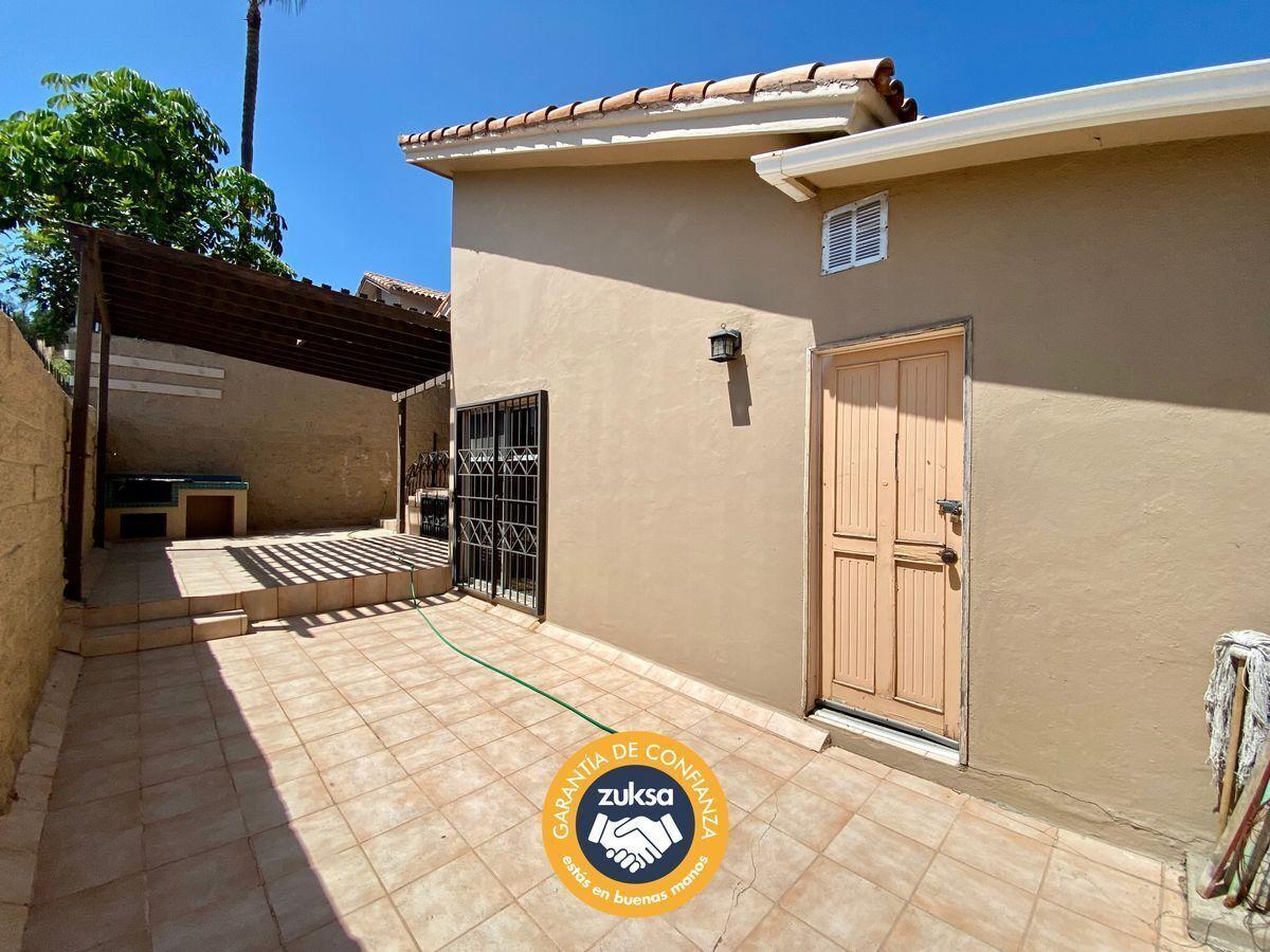 36 de 47: Patio y cuarto servicio  Casa En Venta Tijuana zuksa.net