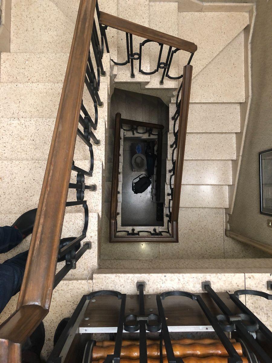 31 de 36: Cubo de escalera de servicio con posibilidad de elevador