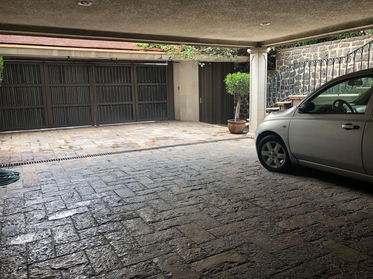 34 de 36: Garage para 4 autos.