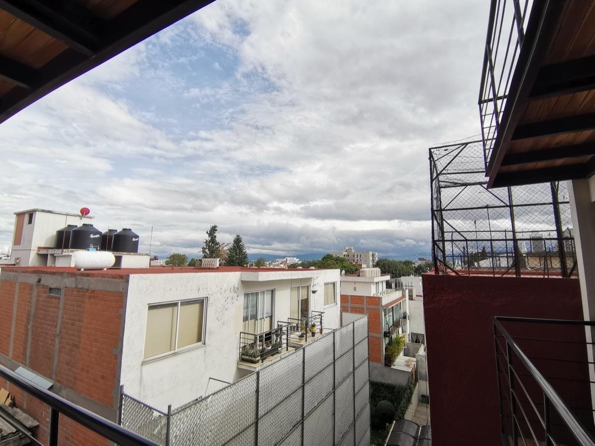 8 de 17: Balcón