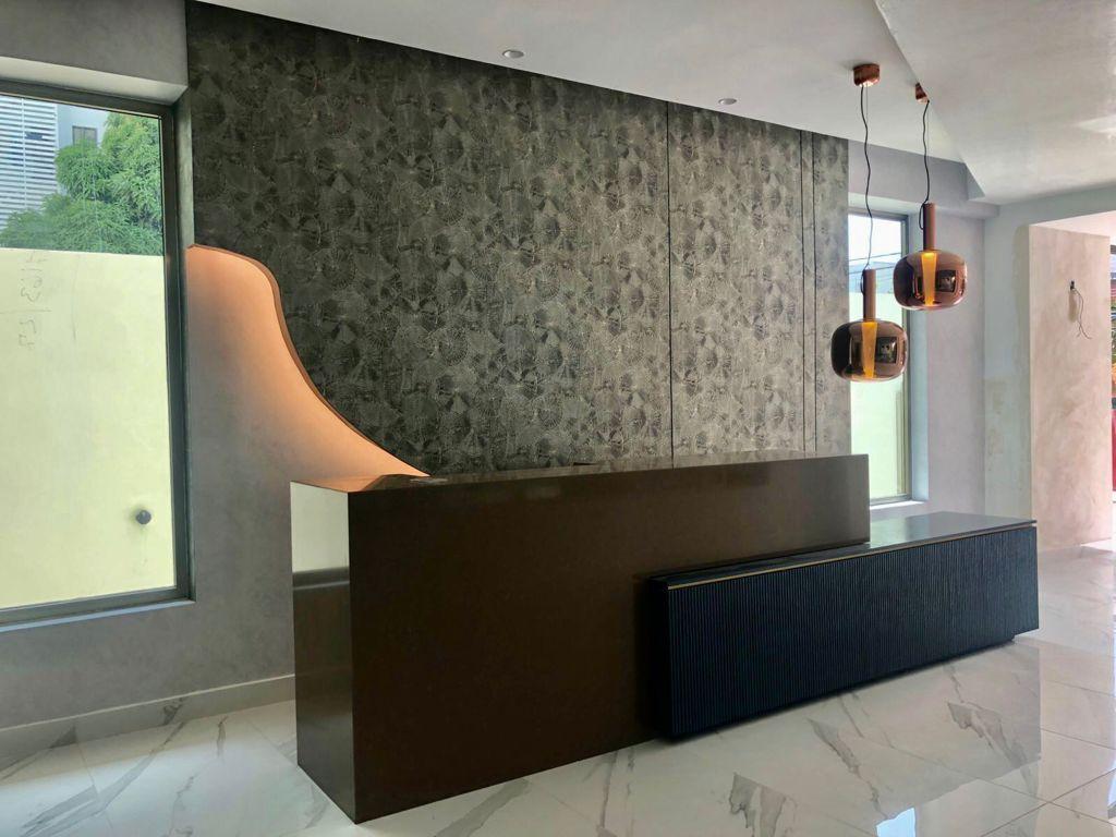 2 de 16: Espaciosas áreas comunes con elegante lobby