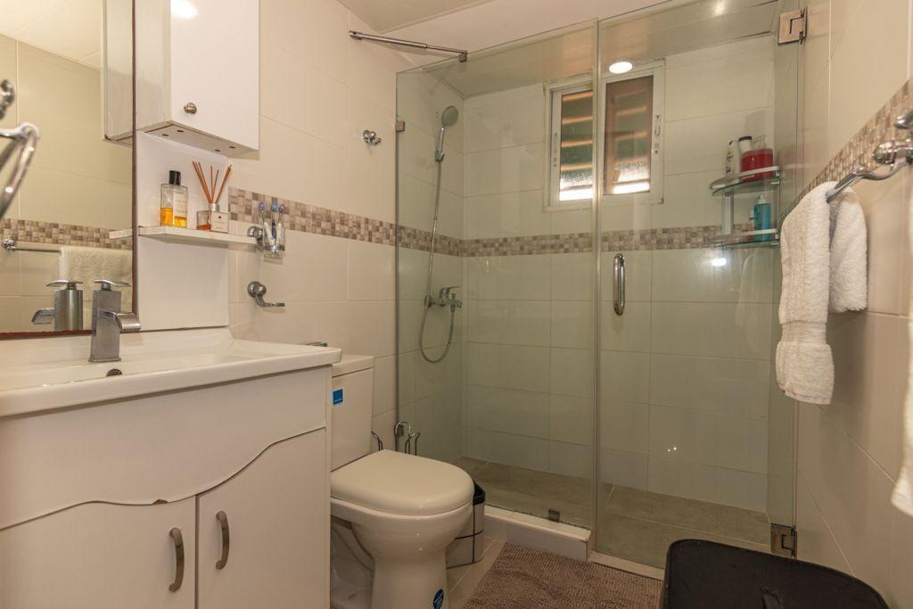 8 de 12: Baño Hab Principal