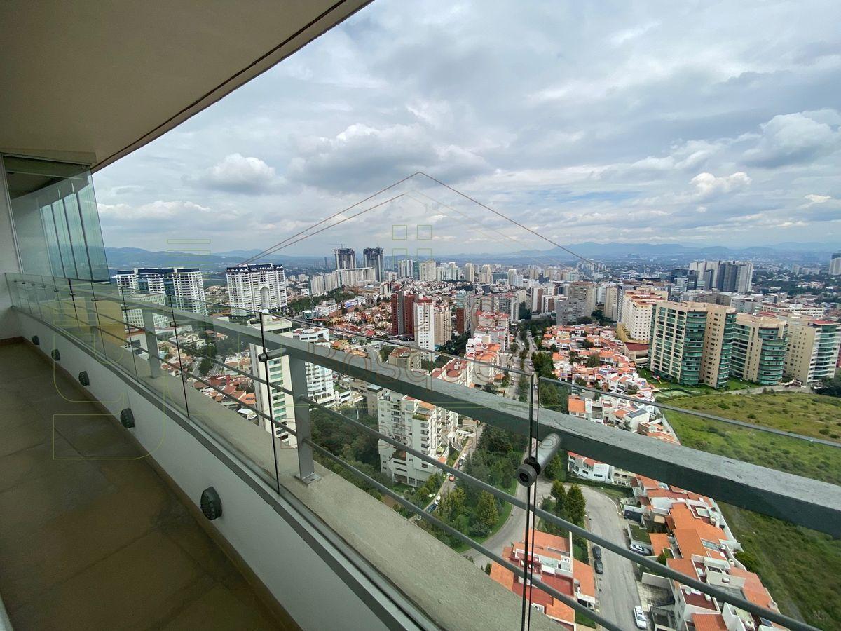 2 de 21: Balcón en continuación a la terraza