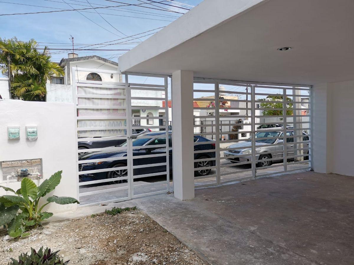 2 de 13: Casa en Venta en Aguilas de Chuburna,Mérida Yucatán
