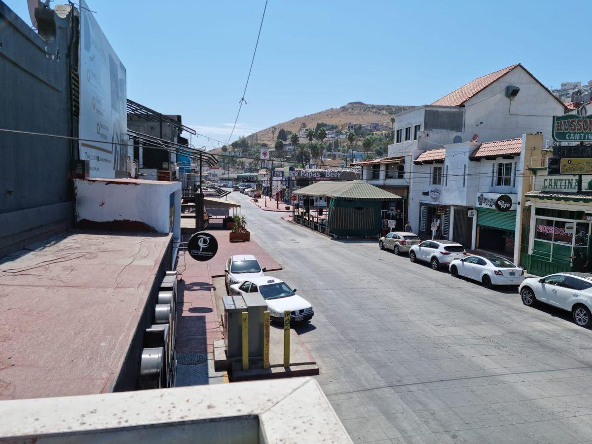 4 de 25: Avenida Ruiz