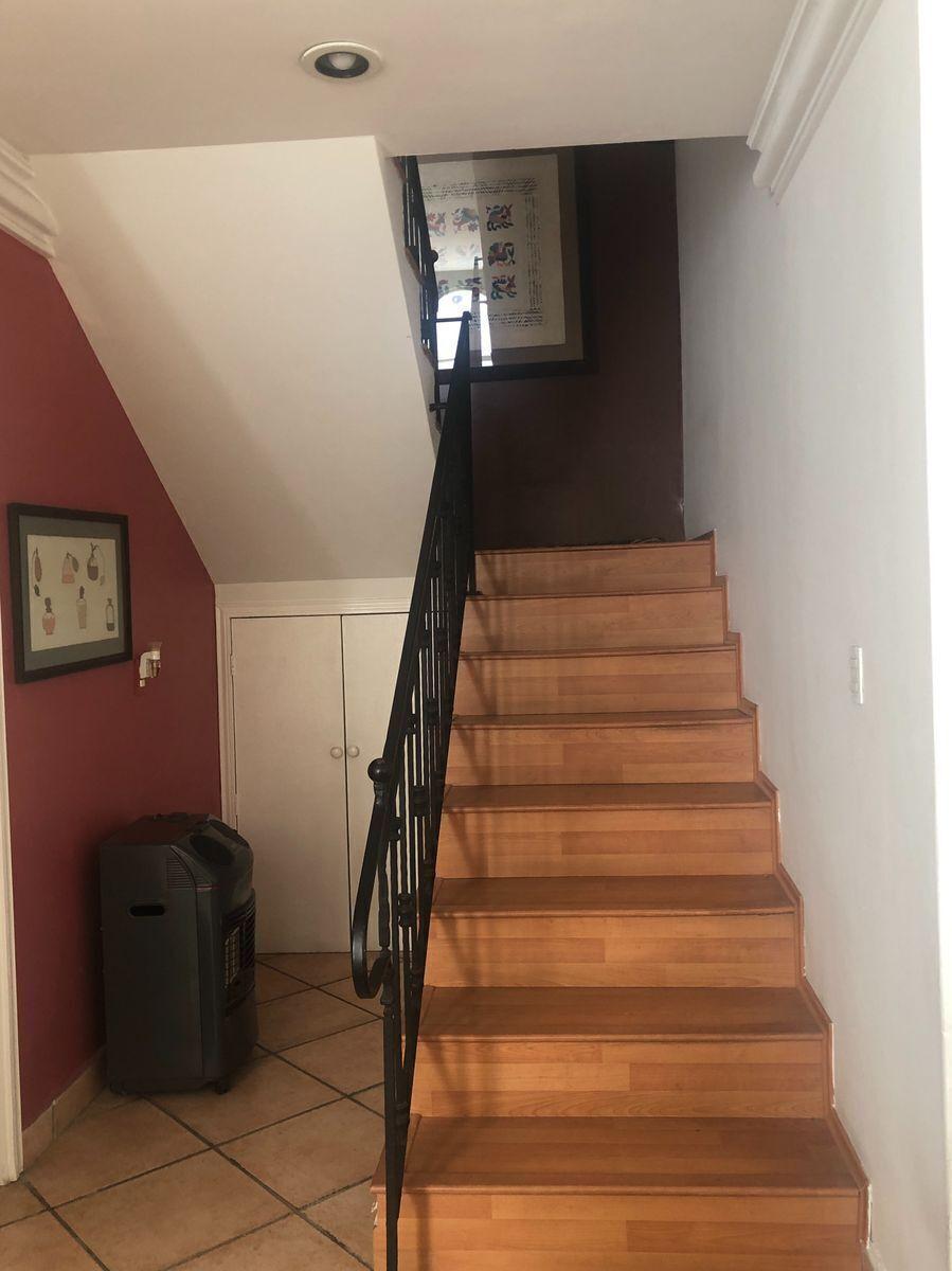 15 de 40: Escaleras