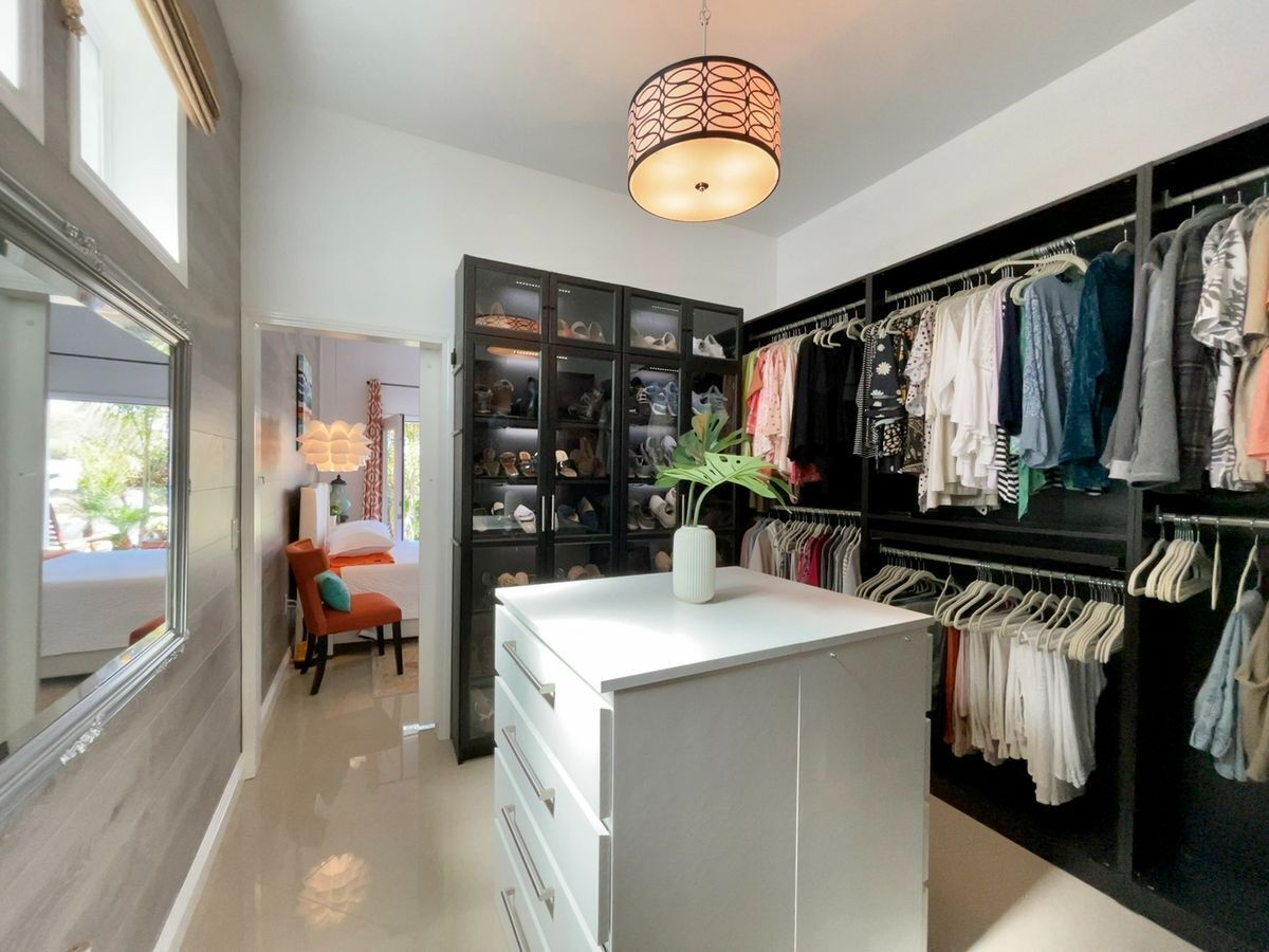 19 de 36: master closet