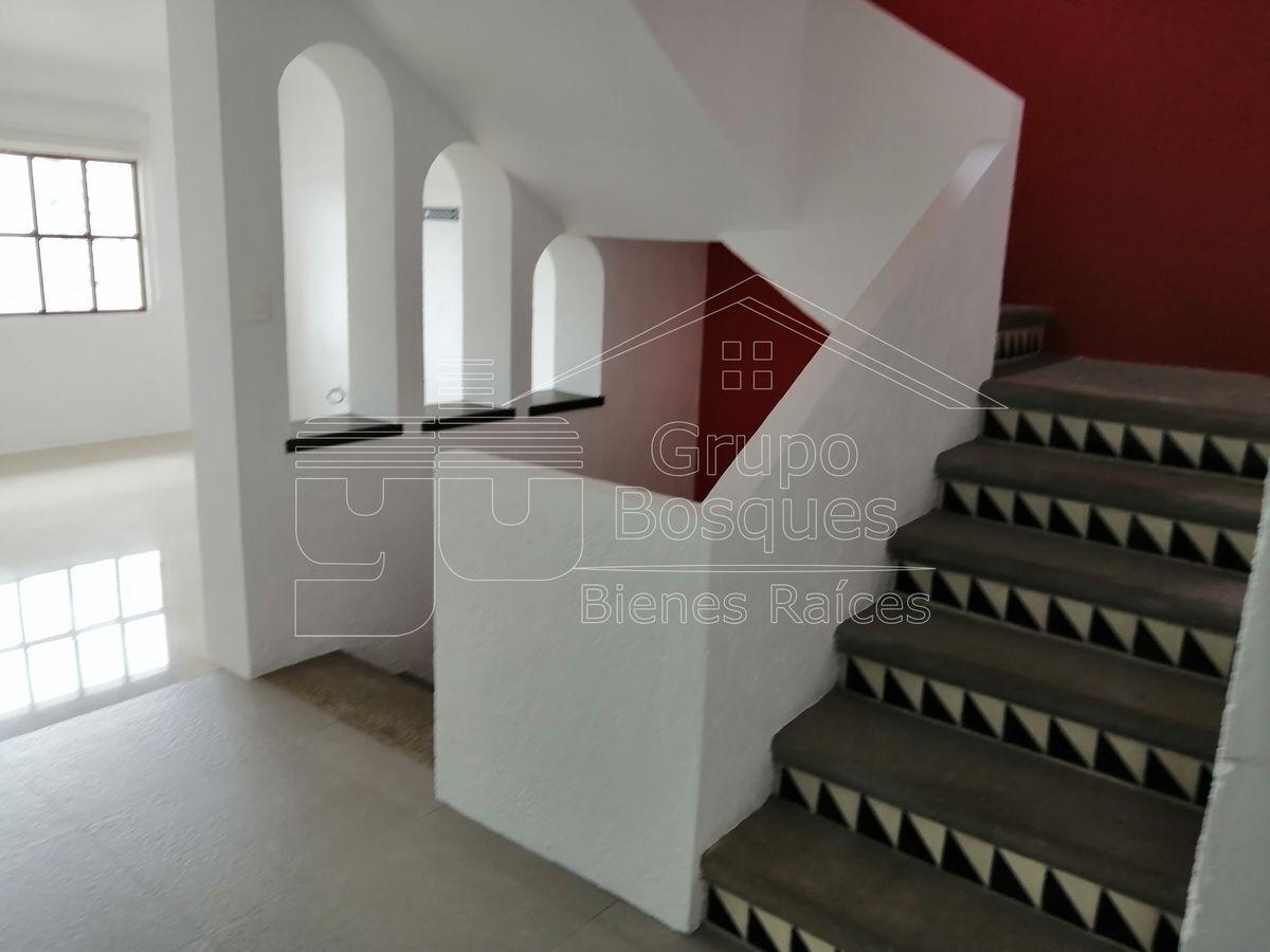 22 de 47: escaleras piso 2 a 3