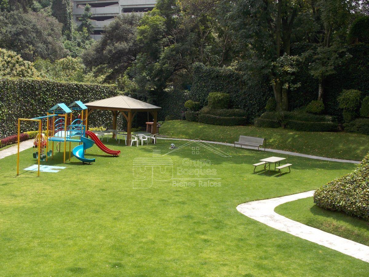 21 de 27: Jardín Áreas comunes