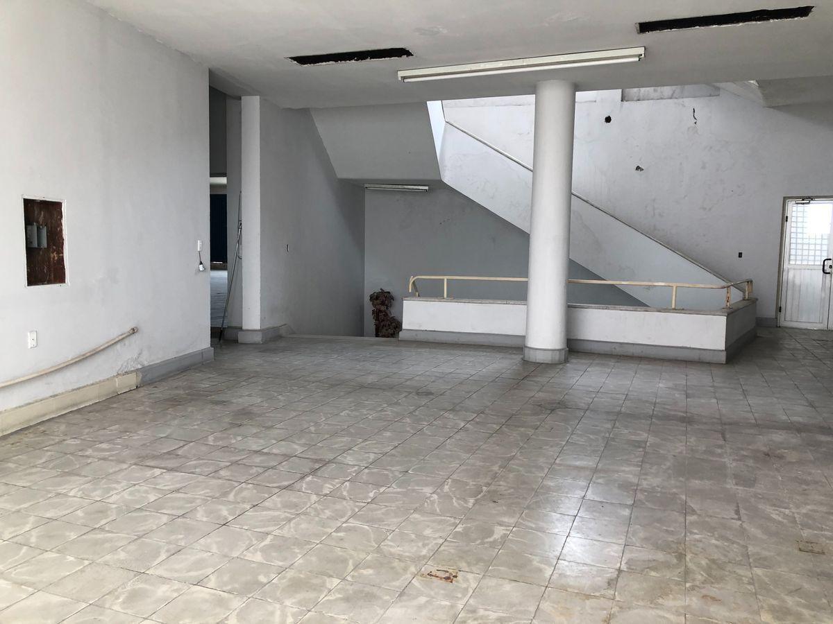 OFICINA EN RENTA EN RUIZ CORTINEZ, CENTRO DE MONTERREY