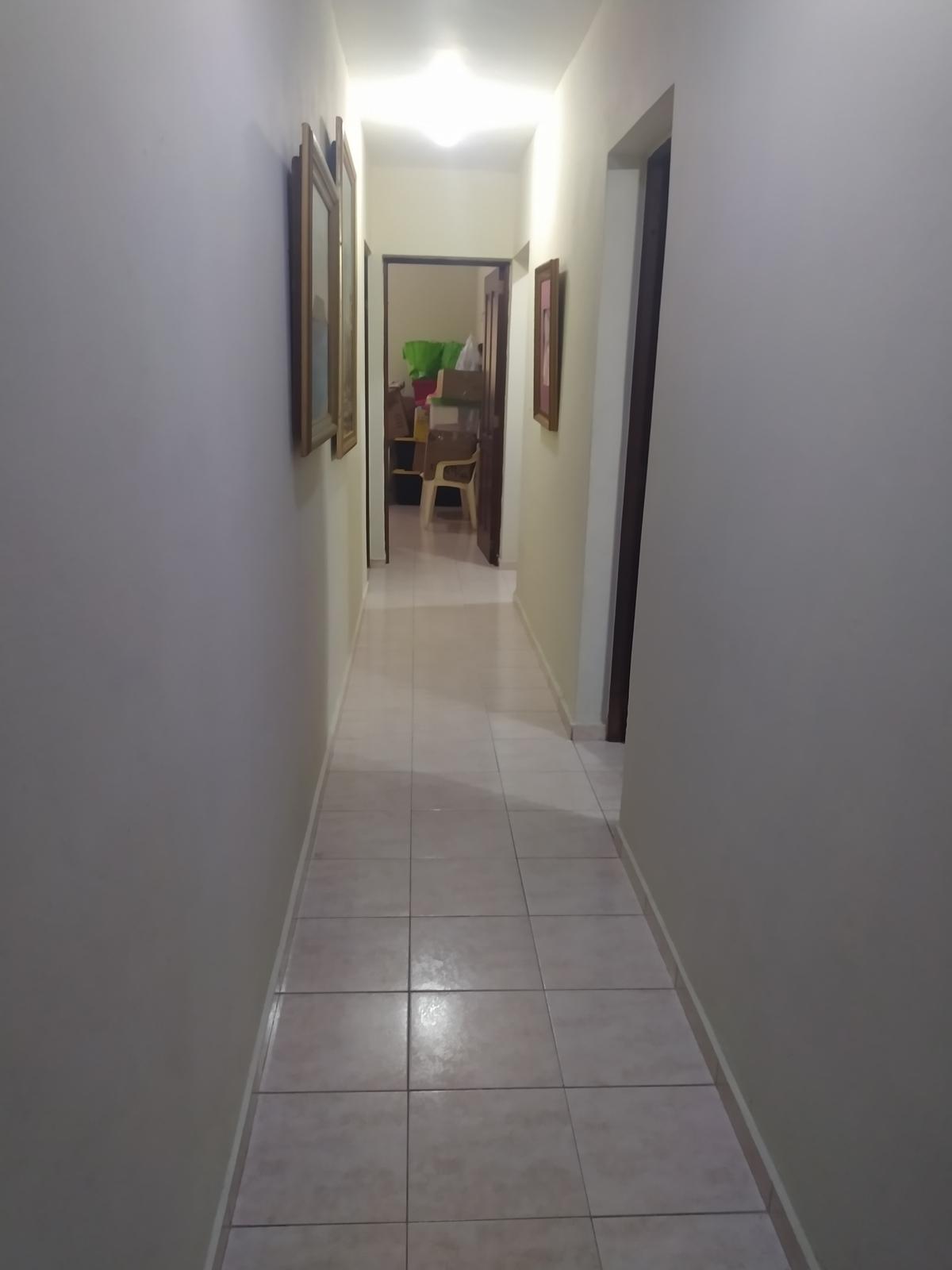 5 de 13: Pasillo habitaciones