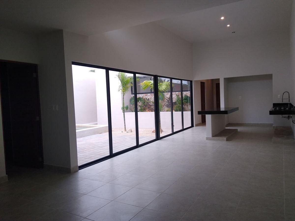 2 de 20: Casa en venta una planta Privada Canaria,Conkal Mérida Yucat