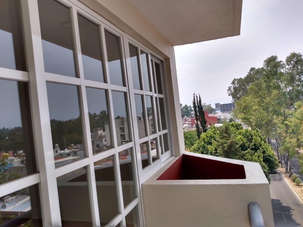 6 de 13: Balcón