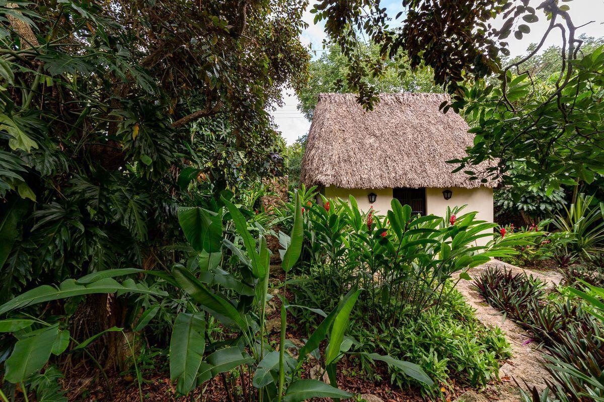 13 de 47: Casa maya