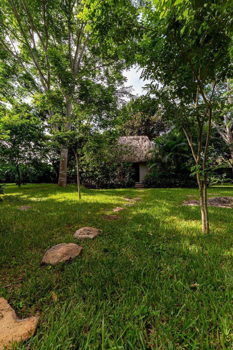 14 de 47: Vista casa maya