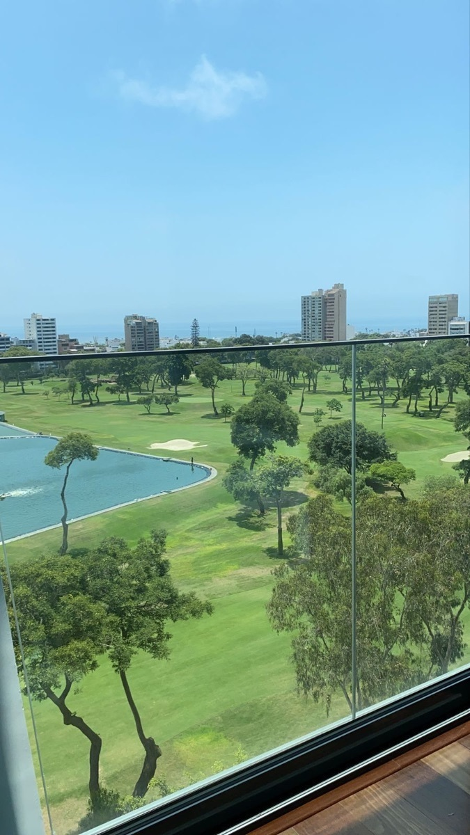 3 de 31: Vista a la Laguna desde sala y 2 dormitorios
