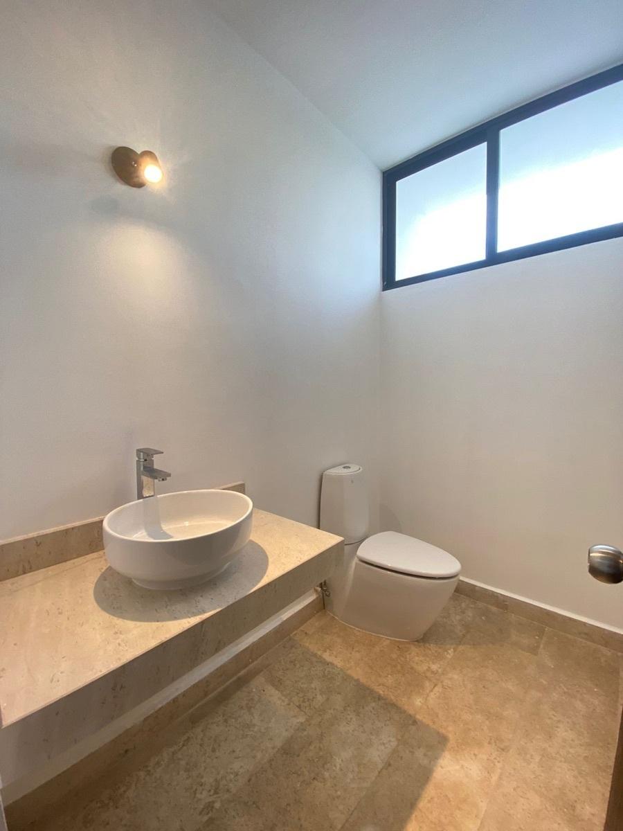 4 de 17: casa en venta en Temozon nueva en Merida, Yucatan,