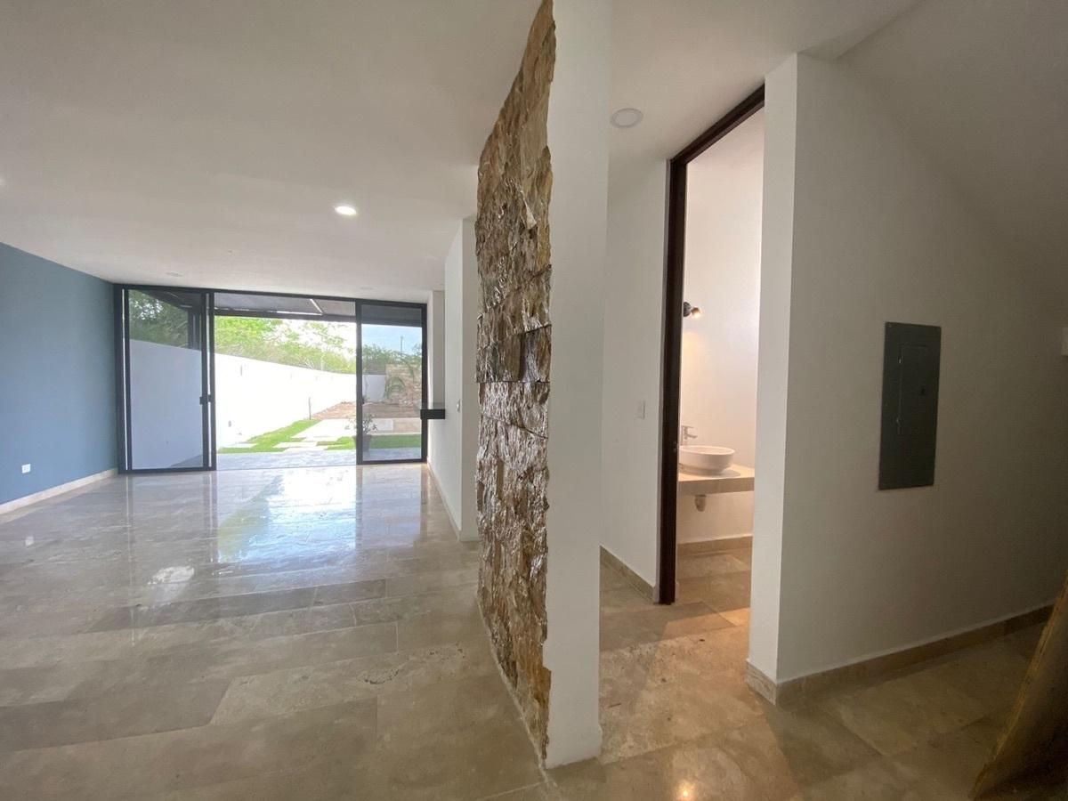 6 de 17: casa en venta en Temozon nueva en Merida, Yucatan,