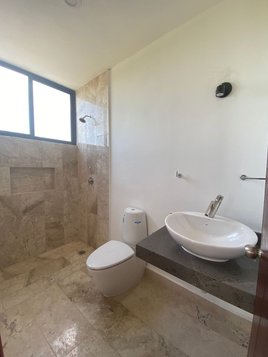 17 de 17: casa en venta en Temozon nueva en Merida, Yucatan,