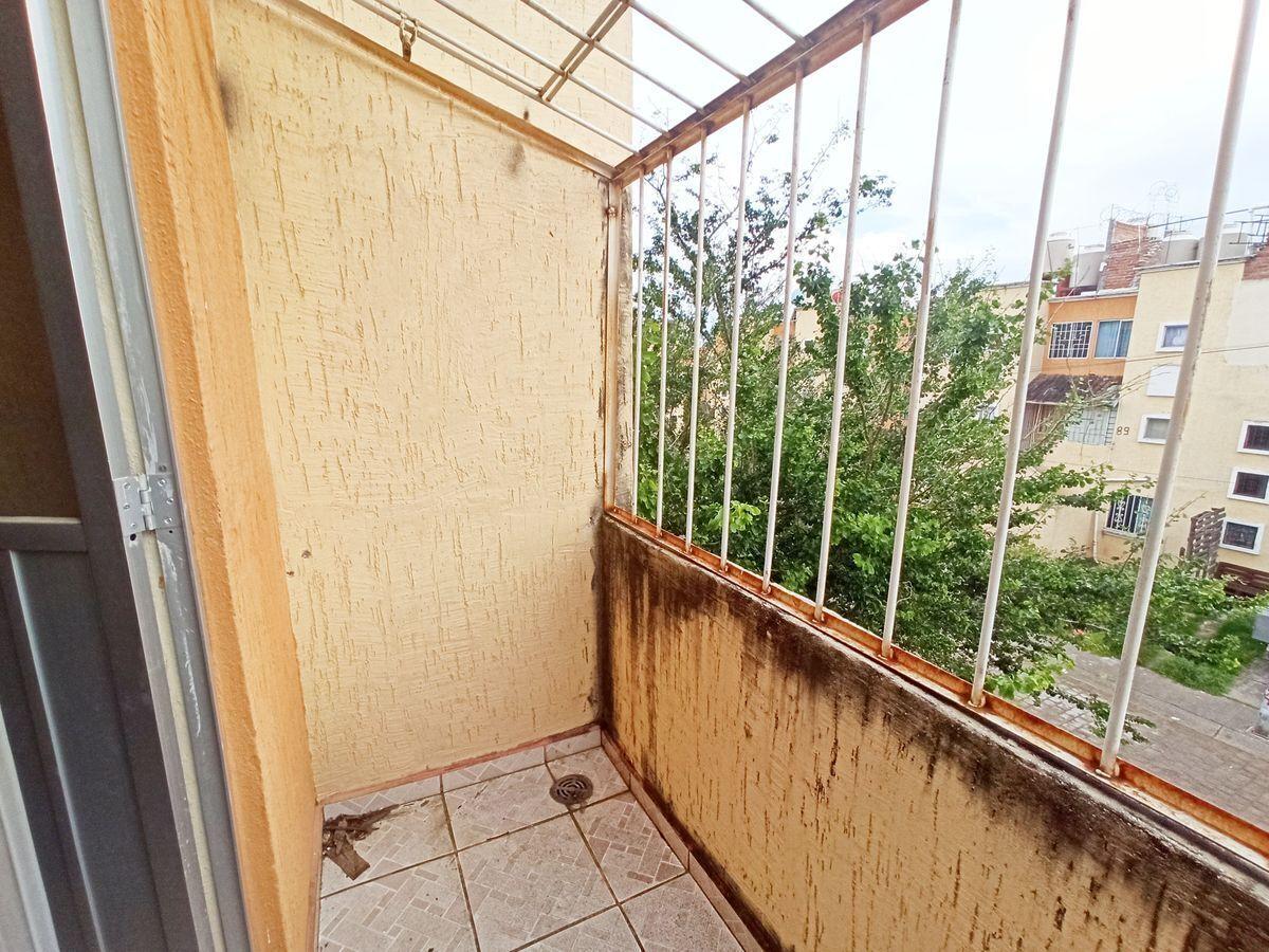 11 de 17: Balcón recámara