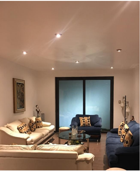 5 de 9: Moderna sala familiar