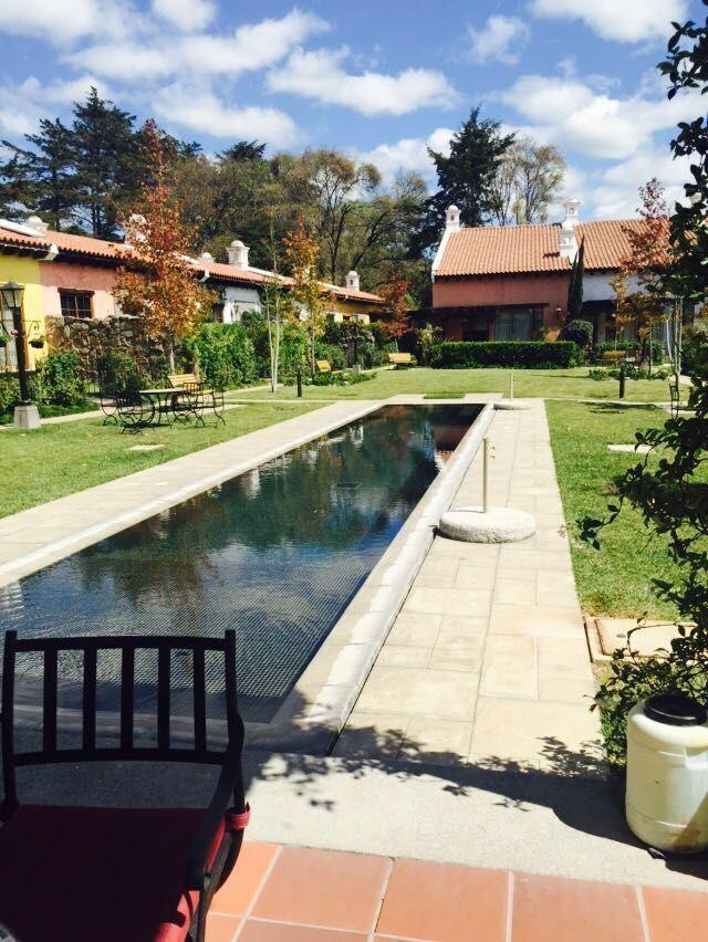 1 de 14: Jardines y piscinas